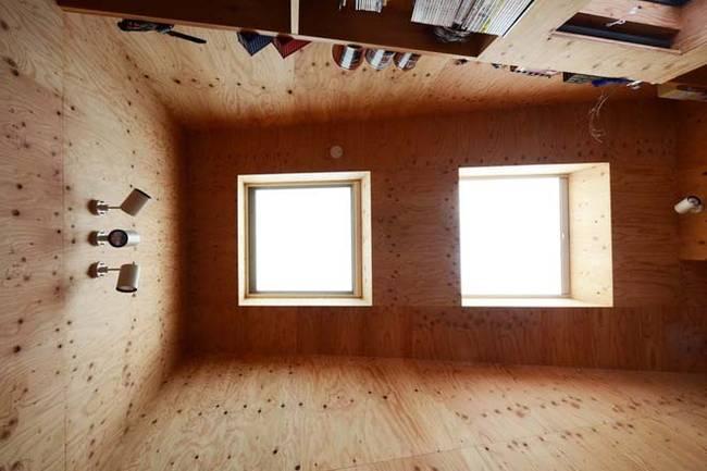 Большие окна в доме