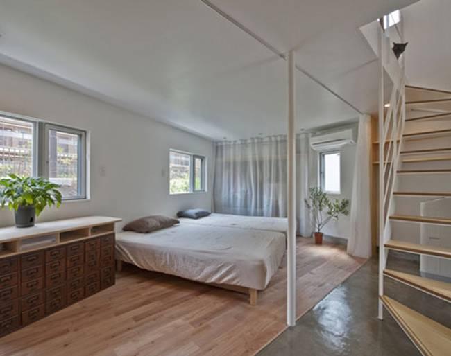 Спальня в доме странной формы