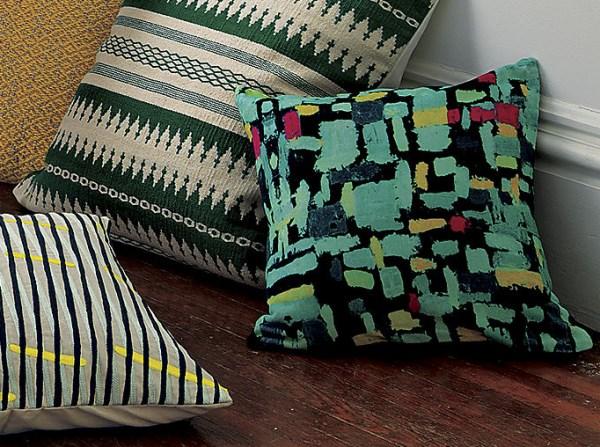 Подушки в зелёных тонах