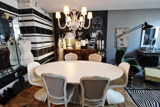 Интерьер столовой в нью-йоркской квартире