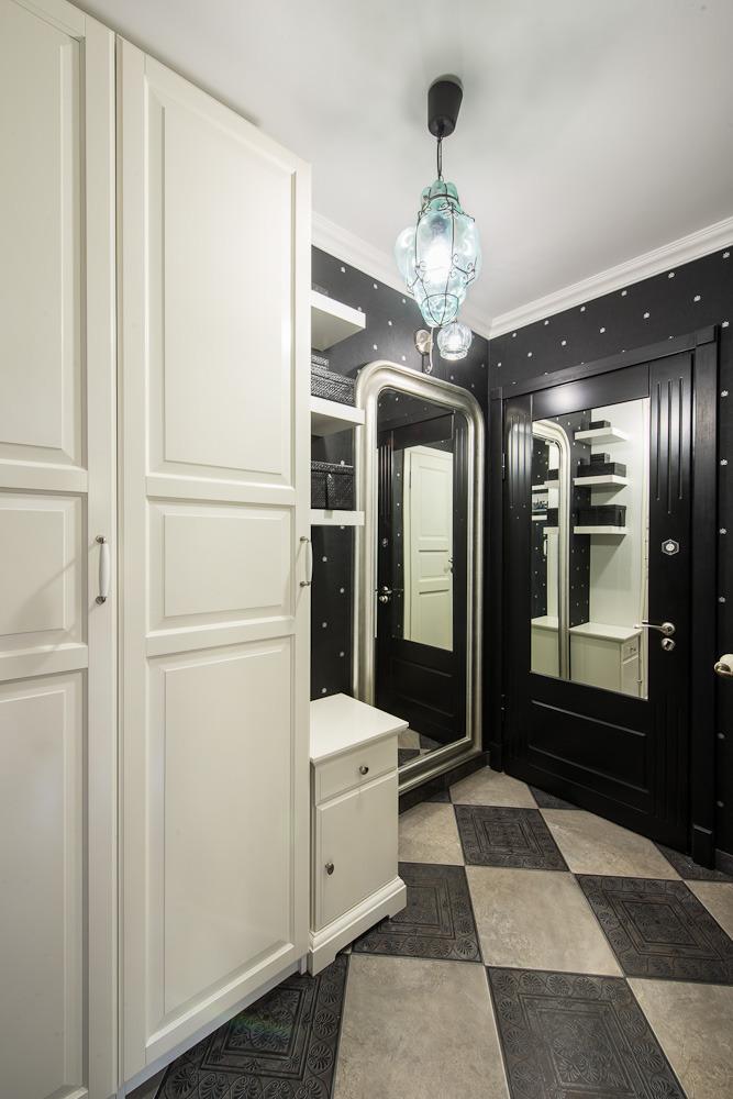Прихожая роскошных апартаментов от Марии Дадиани