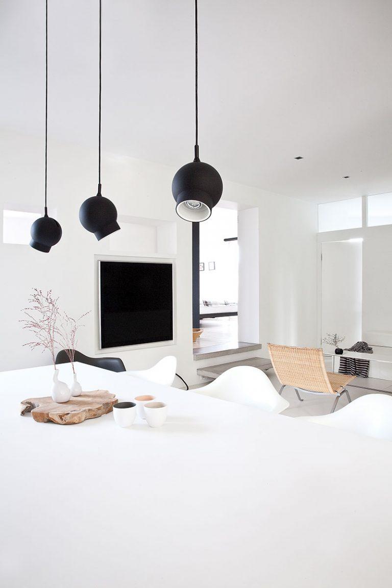 Дизайн небольшой квартиры в чёрно-белом цвете