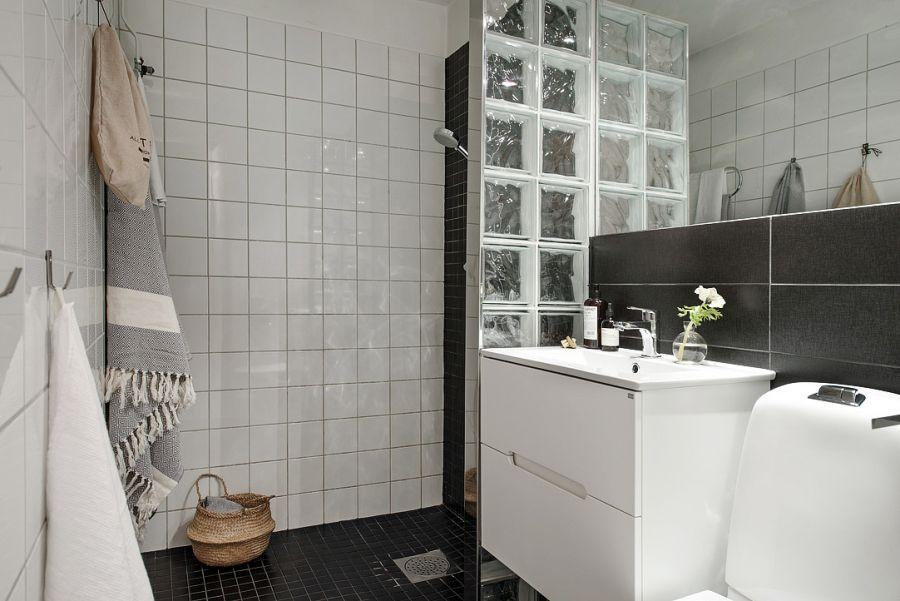Интерьер ванной комнаты в чёрно-белом цвете