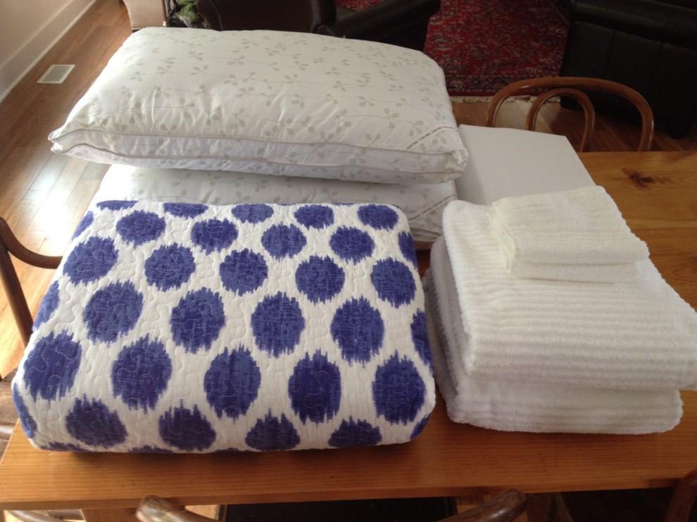 Полотенца и подушки