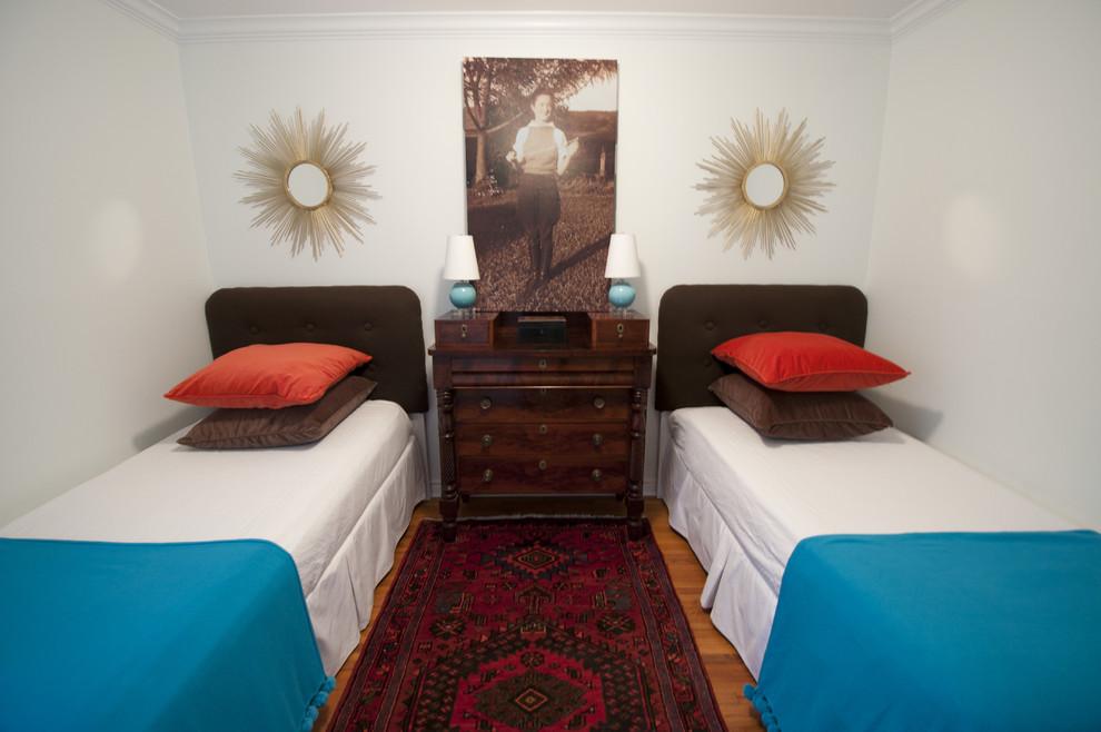 Две кровати в гостевой спальне