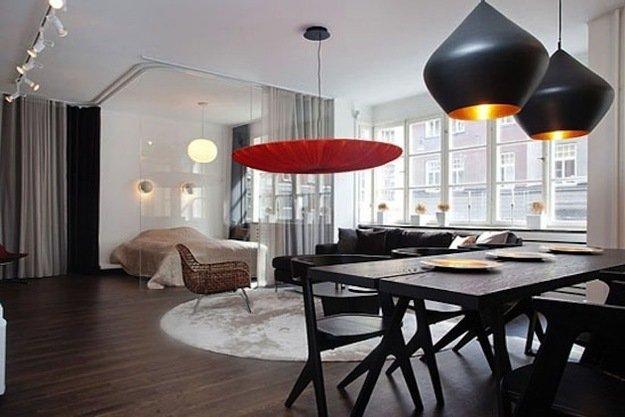 Спальня гостиная со стеклянной перегородкой