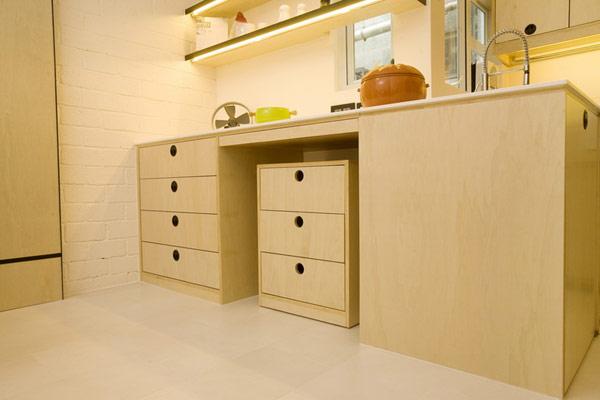Кухонный гарнитур с ящиками
