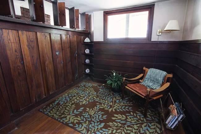 Дизайн мини-дома.  Старый камин - сердце дома