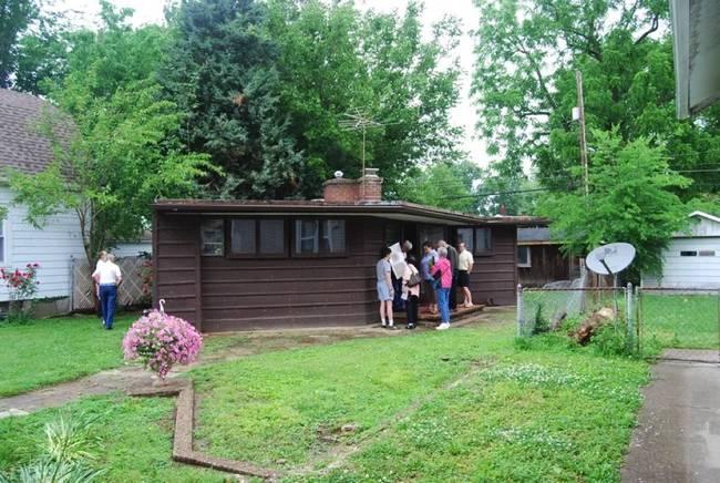 Дизайн мини-дома из природных материалов