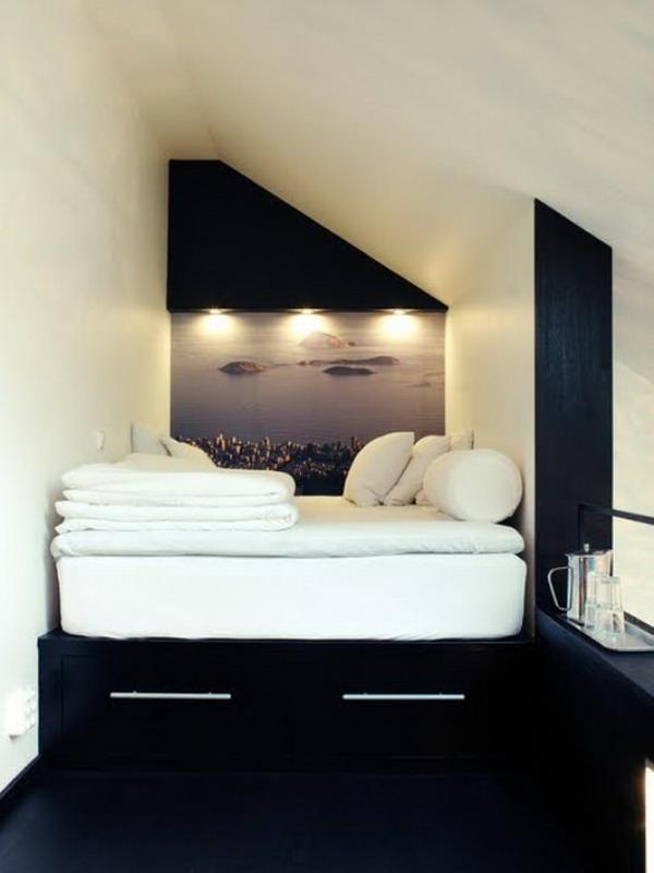 Трансформируемое пространство в спальне
