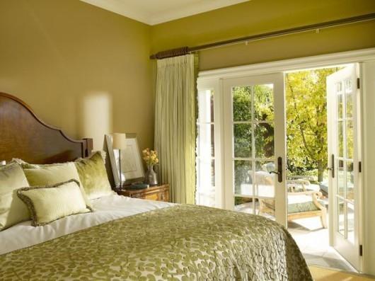 Спальня с выходом на террасу