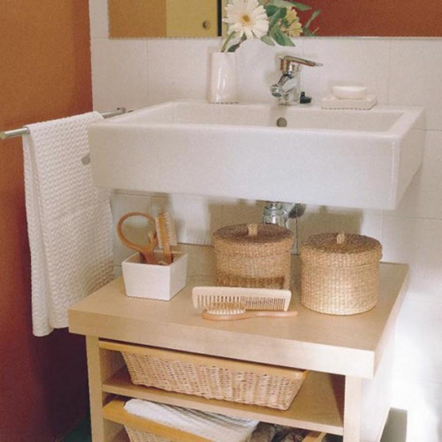 Идея для хранения вещей в ванной комнате