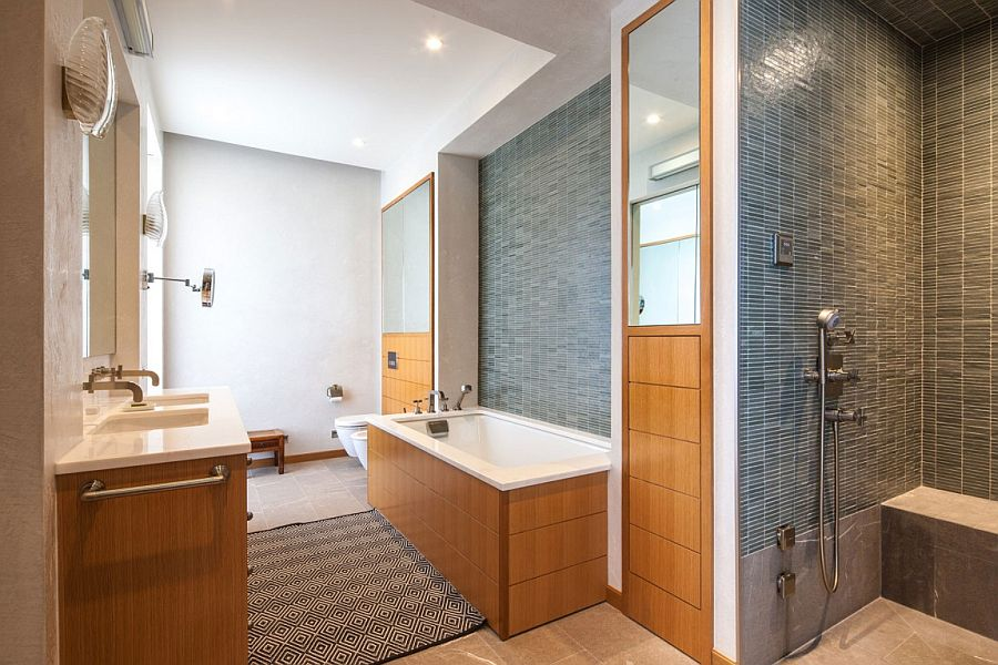 Идея для маленькой ванной комнаты - совмещенный санузел. Фото 4