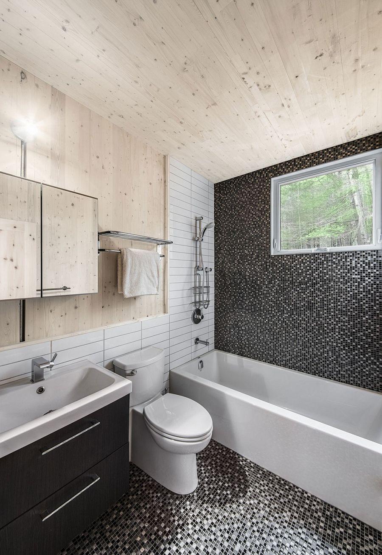 Идея для маленькой ванной комнаты - мозаика