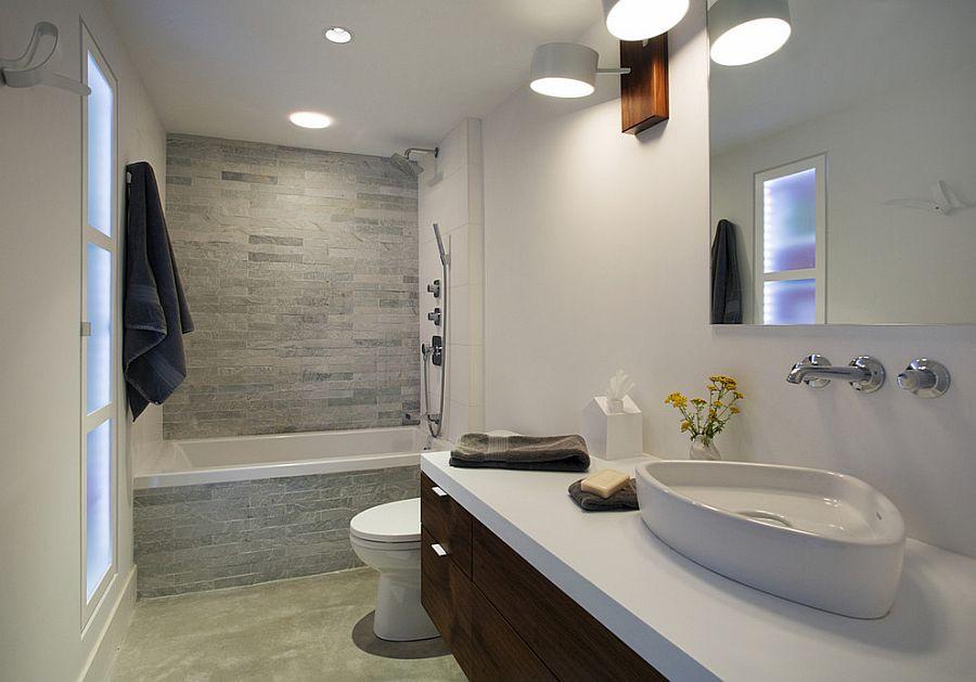 Идея для маленькой ванной комнаты - совмещенный санузел. Фото 5