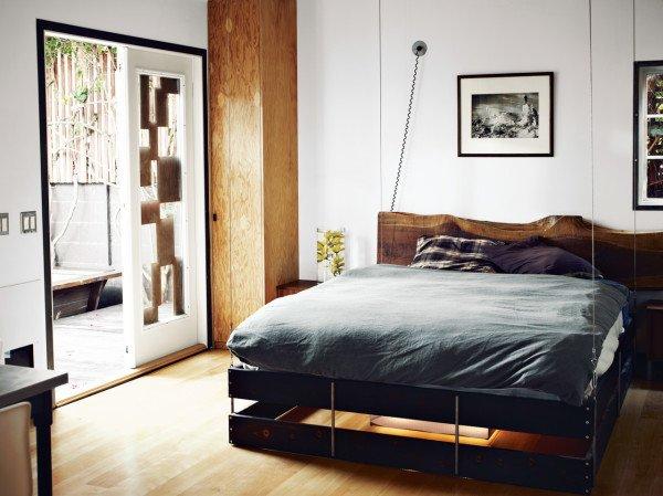 Уникальная кровать на тросах от Funn Roberts