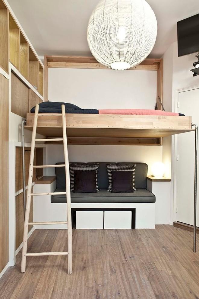 Двухъярусная кровать в интерьере маленькой квартиры