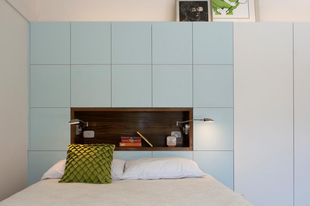Спальня маленькой квартиры-студии