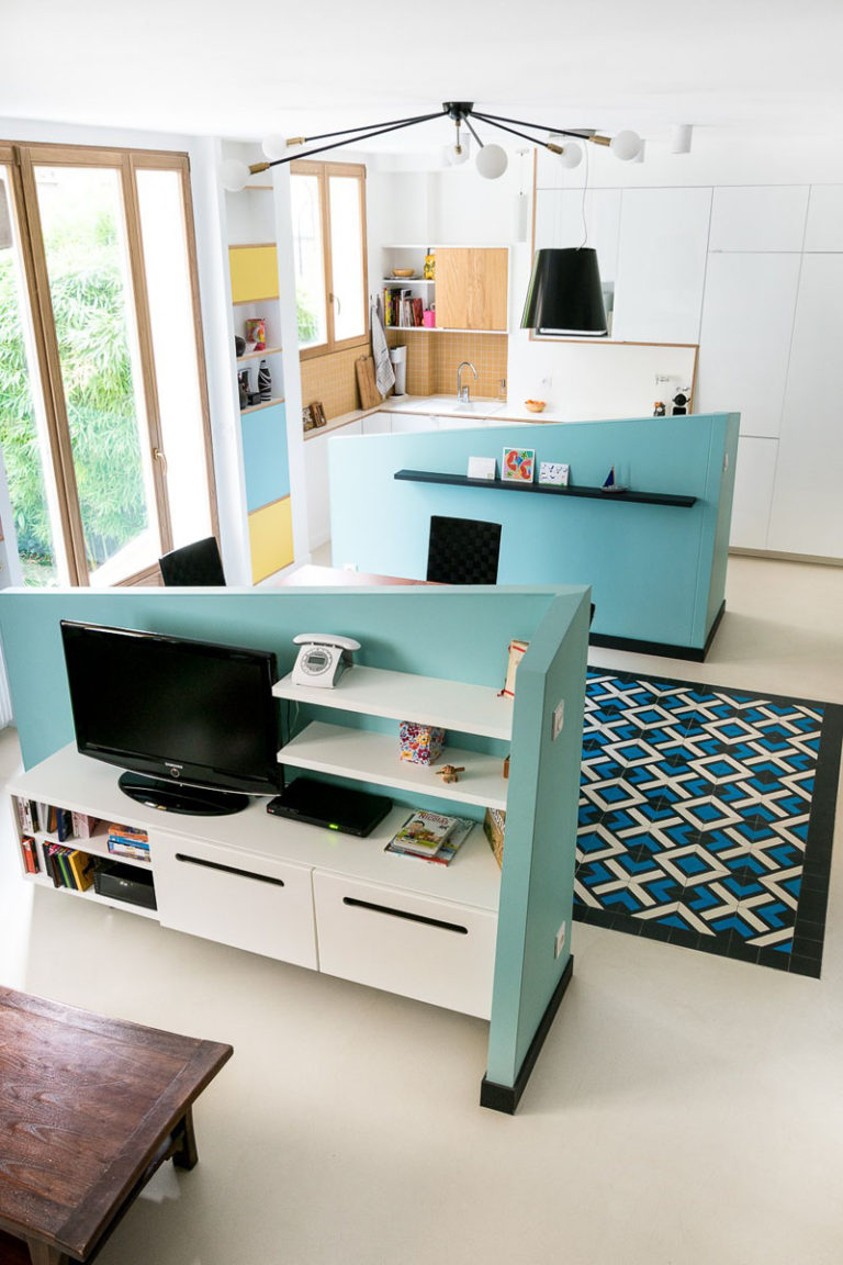 Идея интерьера прихожей для маленьких квартир от MAEMA Architects