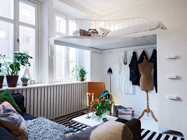 Спальное место под потолком