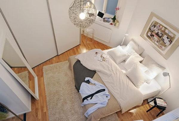 Спальня необычной формы