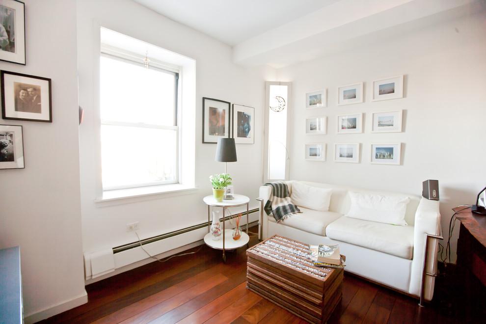 Гостиная квартиры с видом на Бруклин