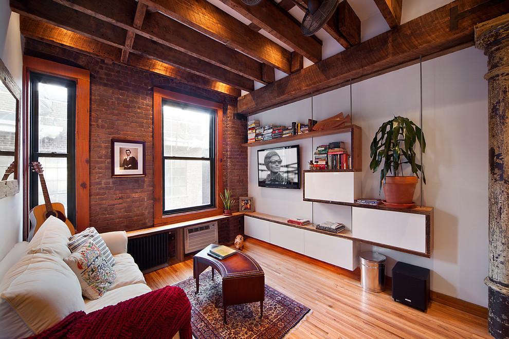 Гостиная небольшой квартиры на Манхеттене