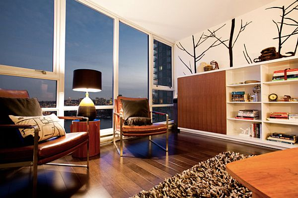 Большие панорамные окна в гостиной