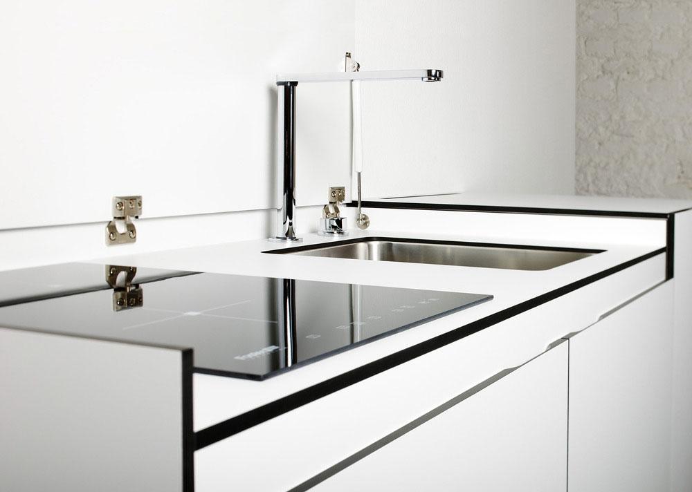 Стильный дизайн кухни небольших размеров - сантехника