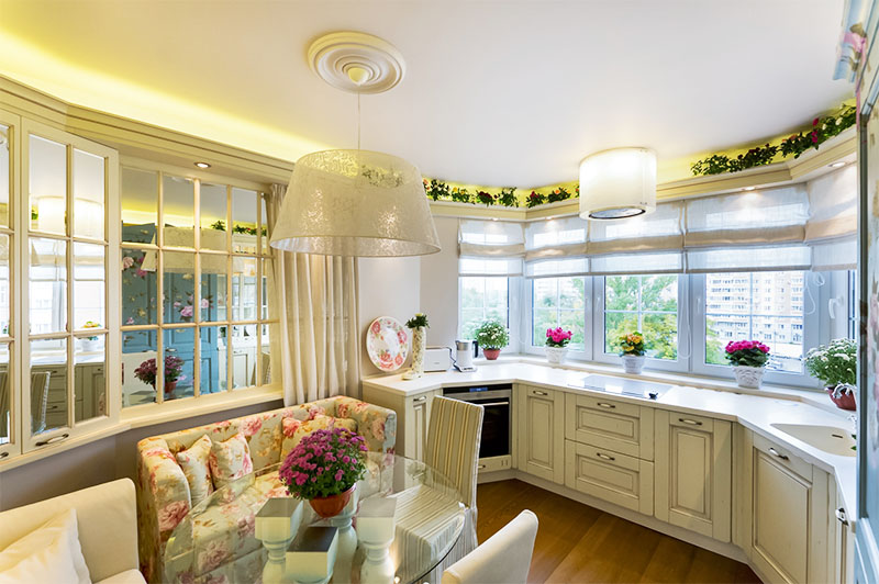 Фото и обсуждение кухни объединенной с балконом.
