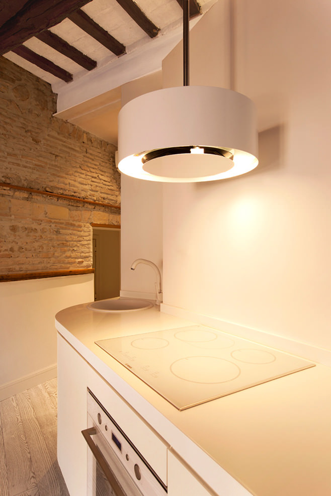 Кухня квартиры от студии дизайна Archifacturing
