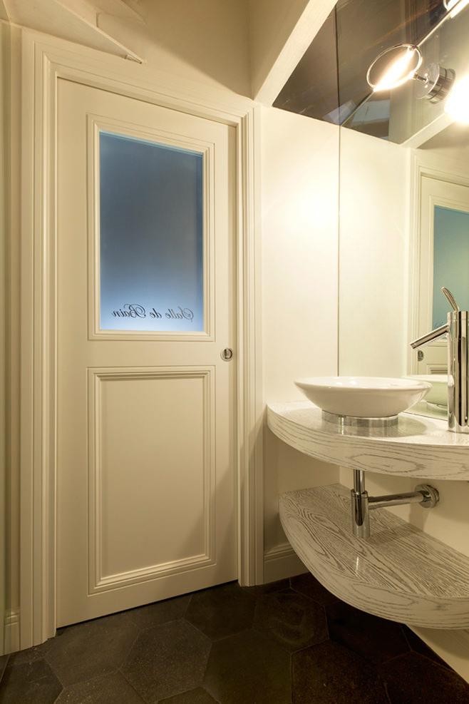 Ванная квартиры от студии дизайна Archifacturing