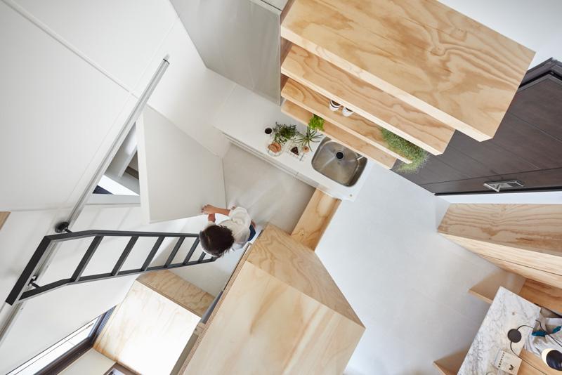 Вид на кухню сверху