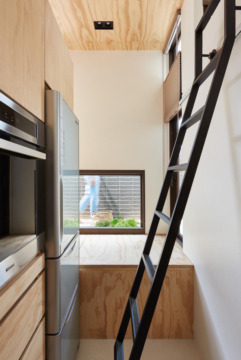 Лестница на кухне