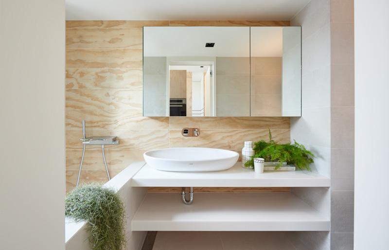 Ванная в маленьком доме