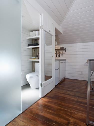 Интерьер ванной в маленьком доме