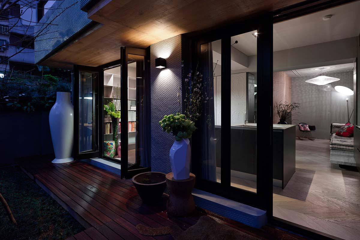 Маленькой дом с террасой