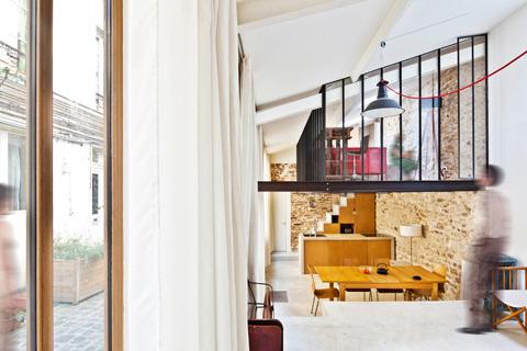 Дизайн интерьера маленького дома в Париже