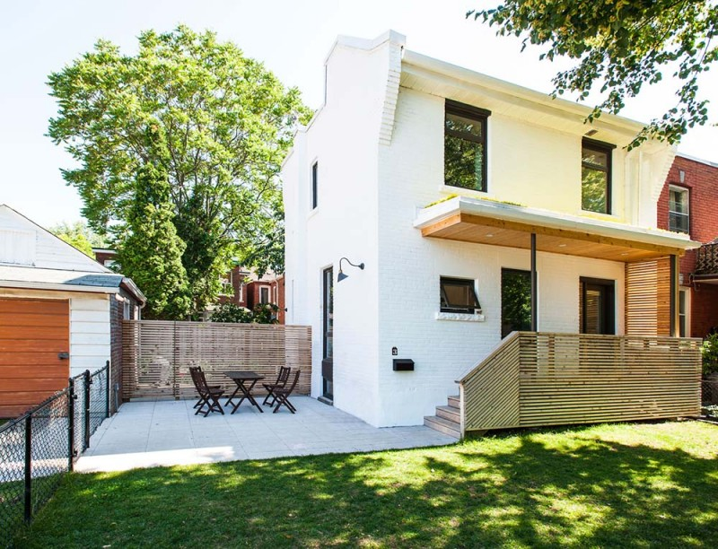 Интерьер маленького дома от студии «Solares»