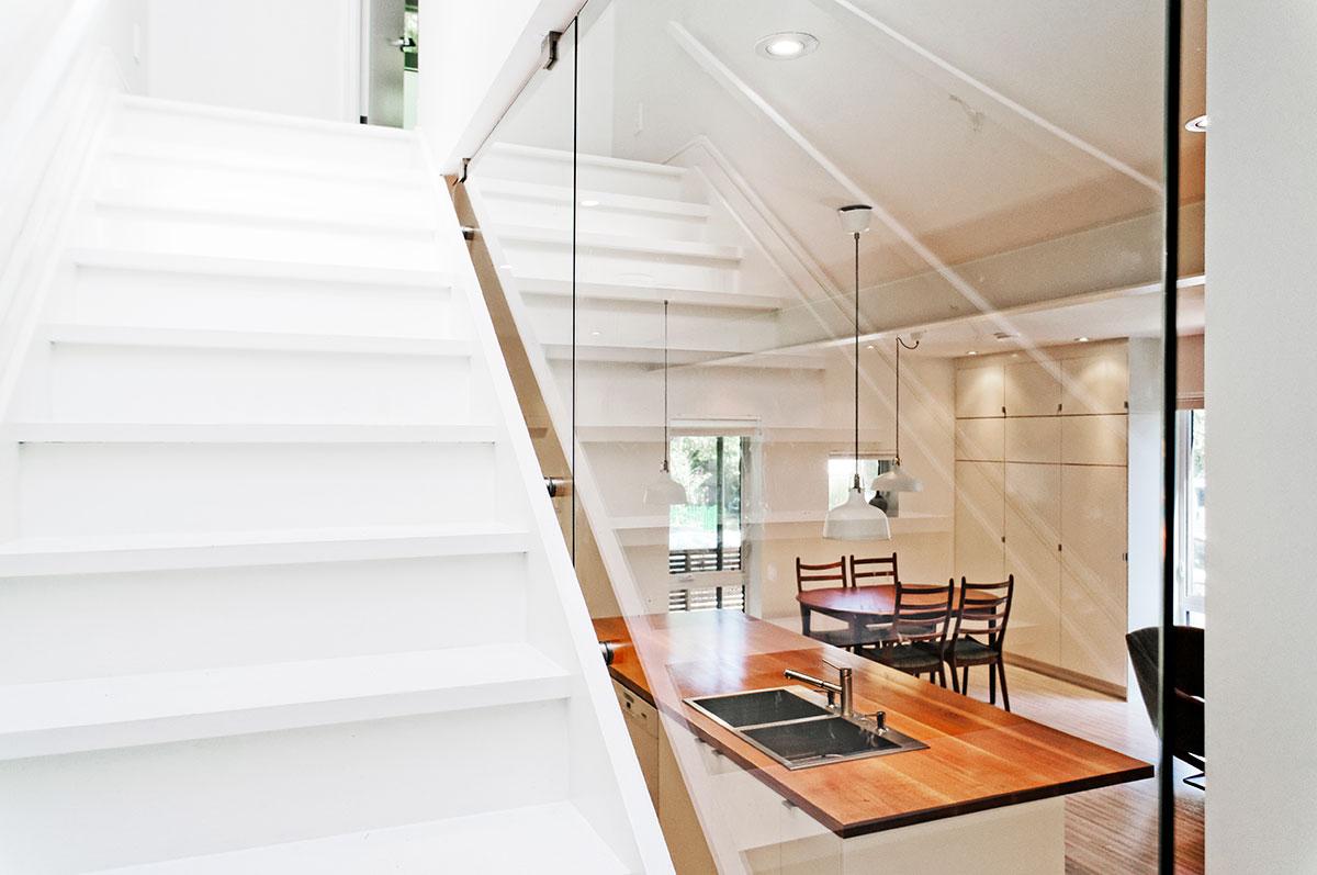 Лестница в интерьере от студии «Solares»