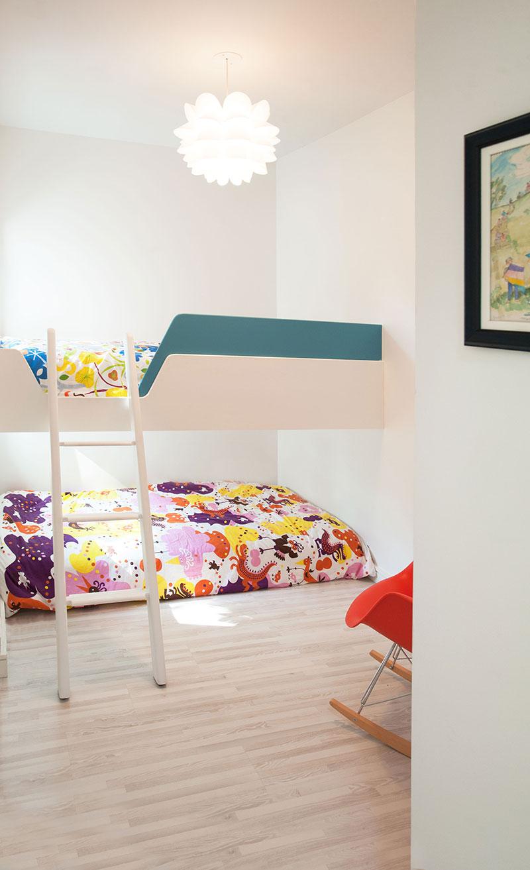 Интерьер маленькой детской комнаты от студии «Solares»