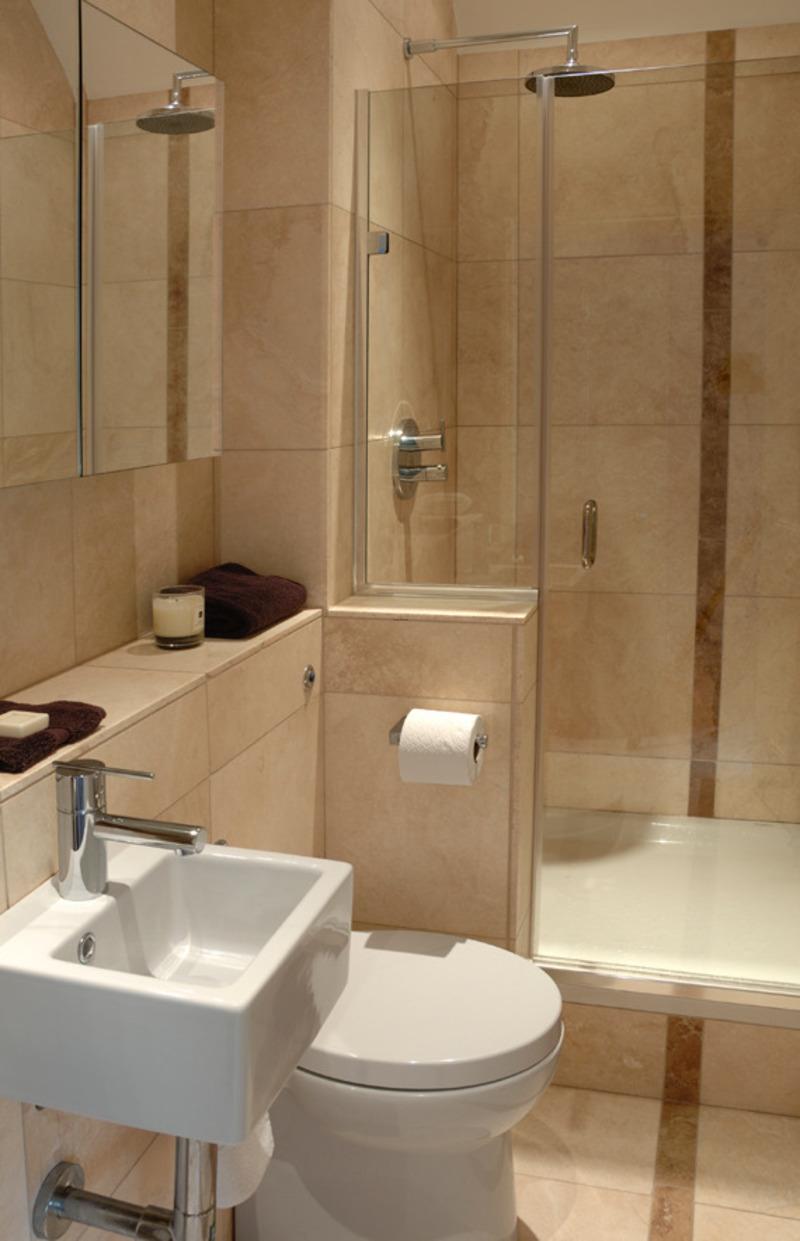 Интерьер ванной с туалетом