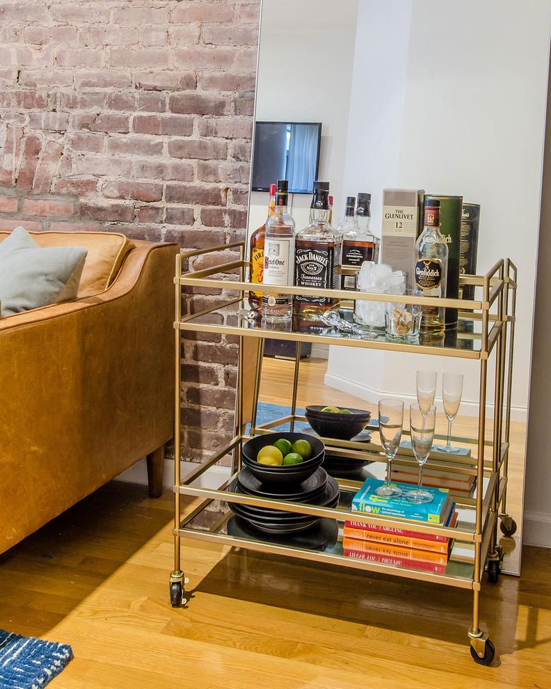 Барный стол в интерьере маленькой гостиной