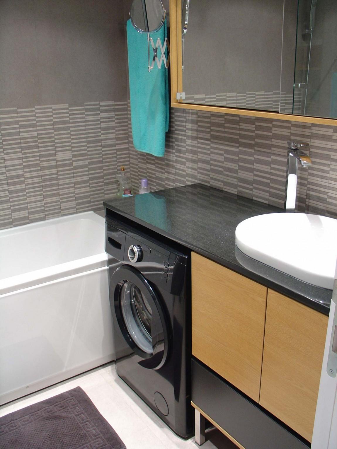 Интерьер маленькой ванной комнаты - фото 5