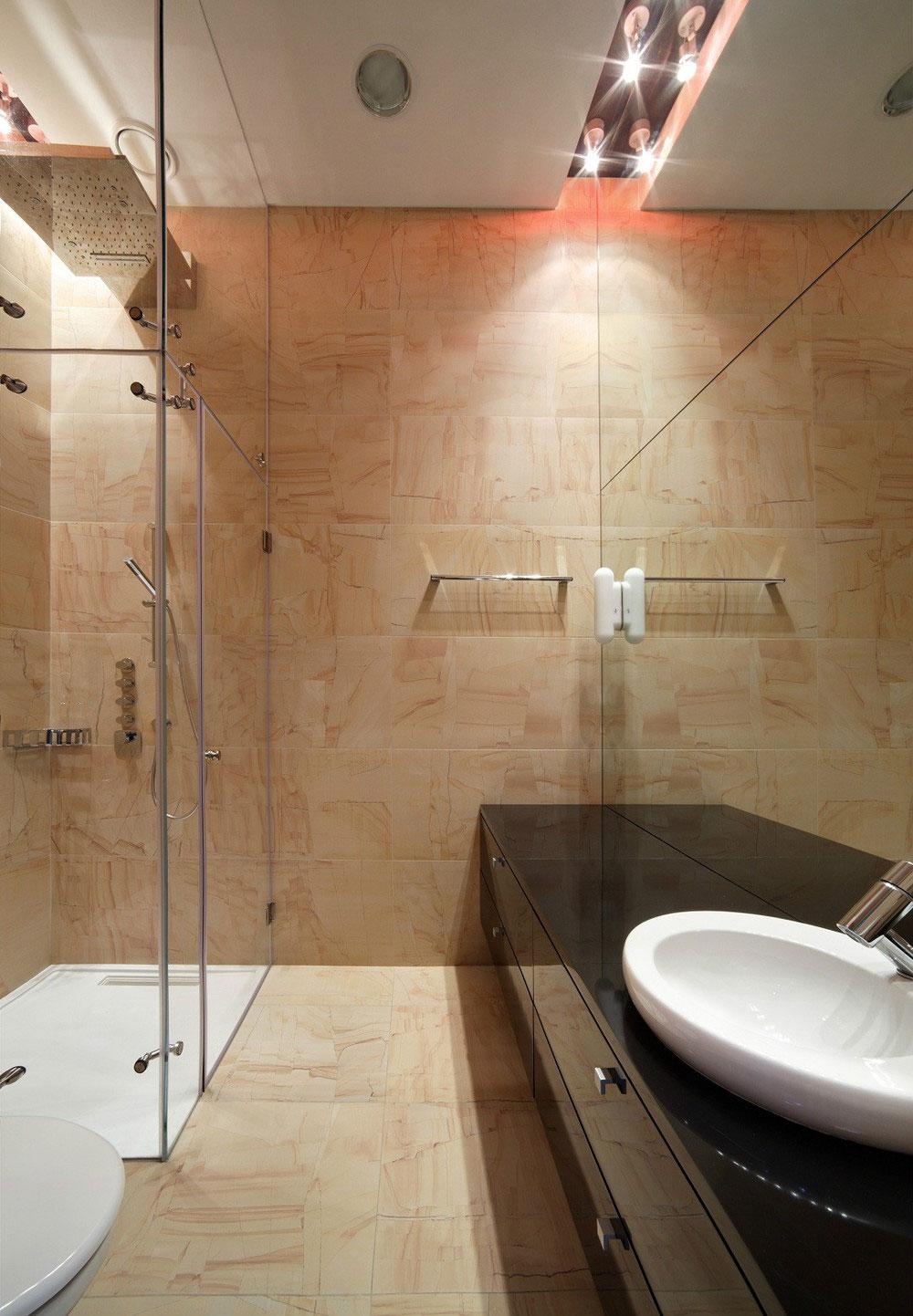 Интерьер маленькой ванной комнаты - фото 6