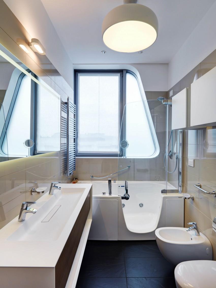 Интерьер маленькой ванной комнаты - фото 10