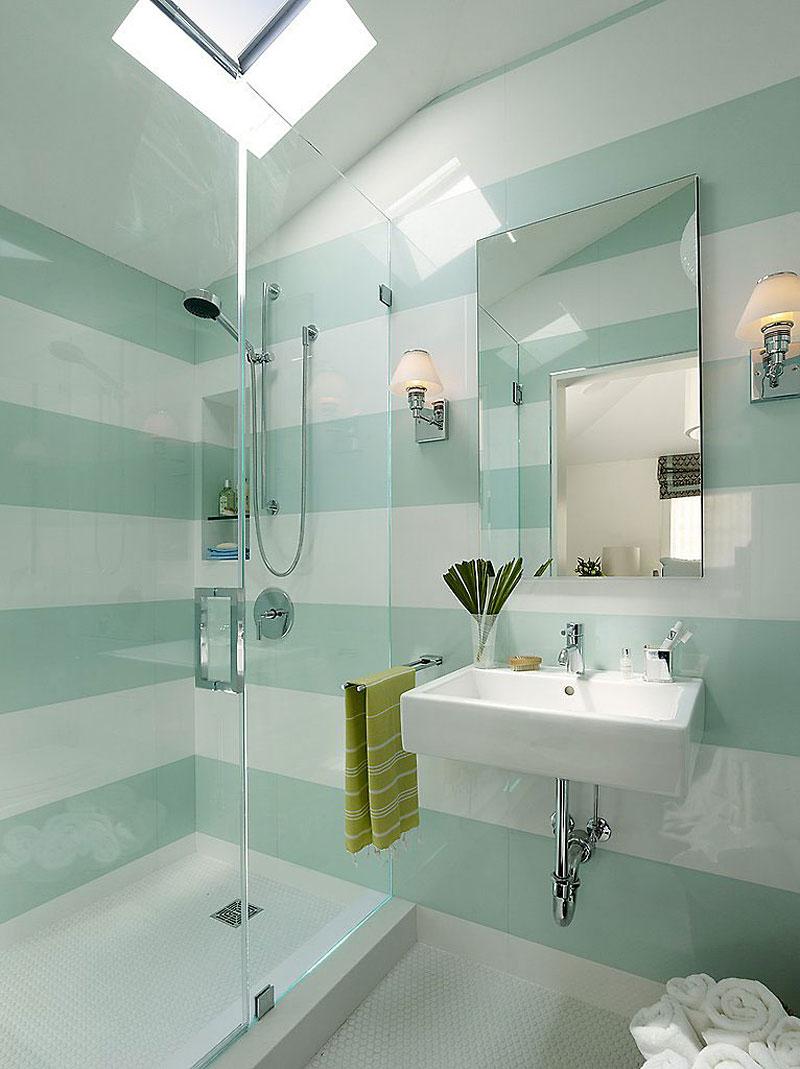 Интерьер маленькой ванной комнаты - фото 19
