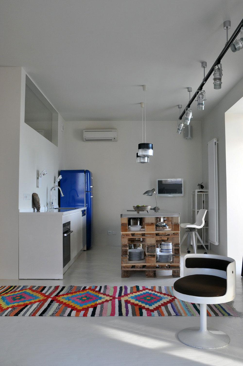 Дизайнерский интерьер небольшой кухни - фото 4