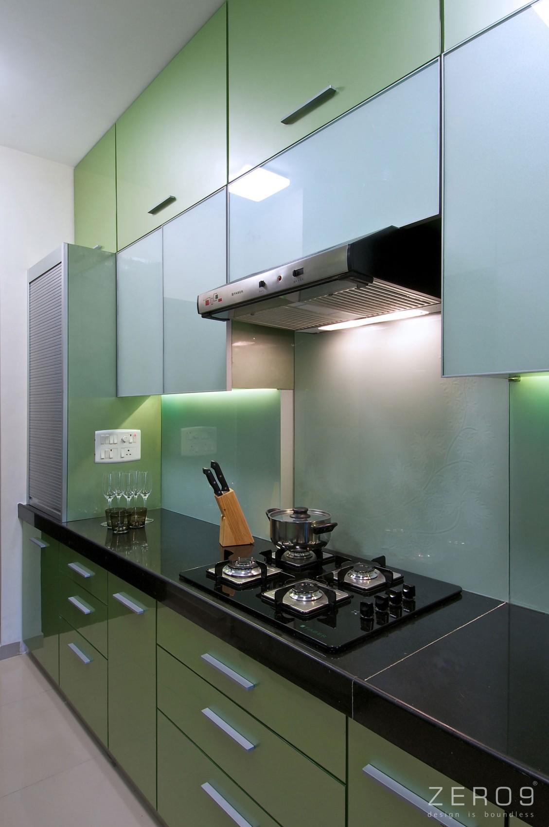 Дизайнерский интерьер небольшой кухни - фото 6