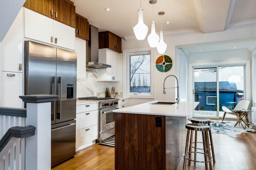 Дизайнерский интерьер небольшой кухни - фото 35